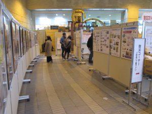 作品、活動紹介のパネル展示 とよた女性建築士展