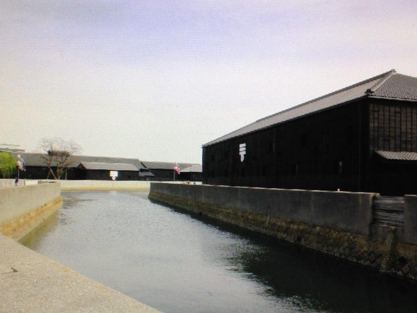 半田運河沿いにて